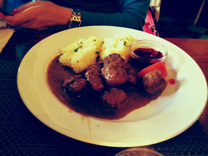 Restaurnag_Sambo_1